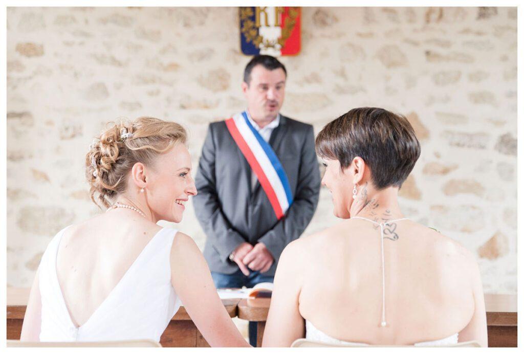 mariage-lesbienne-mairie