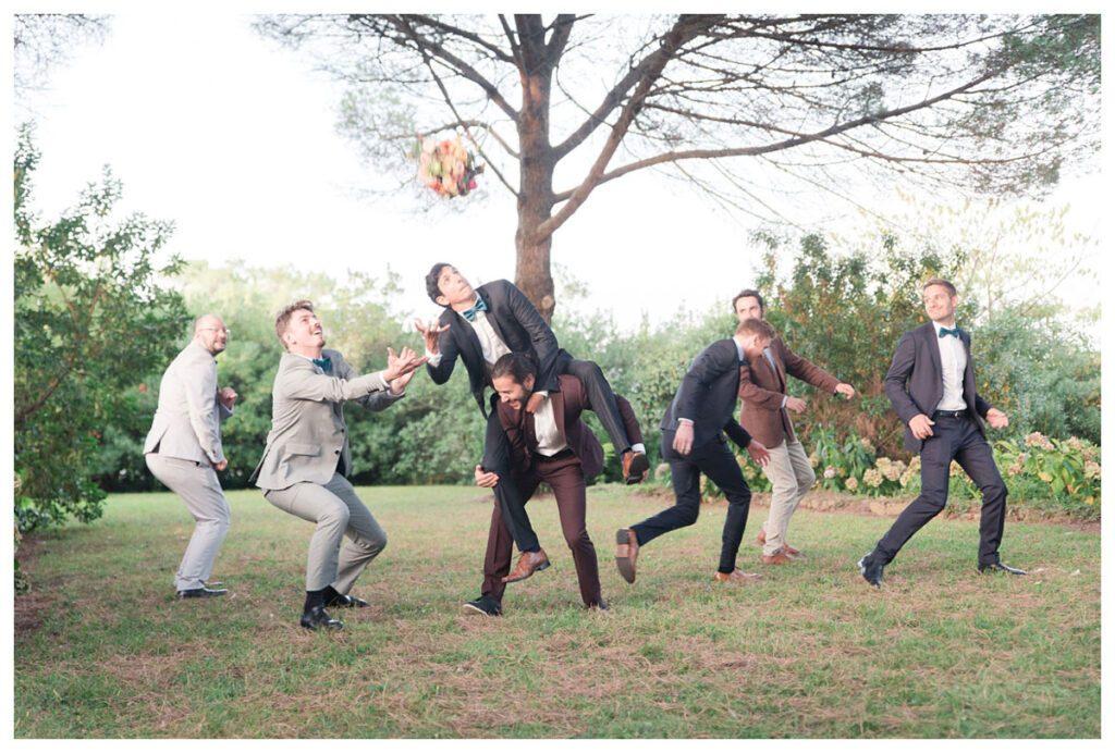 lancé bouquet marié